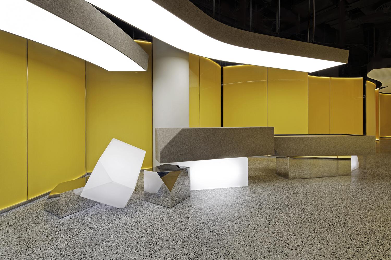 Salle d'exposition POLY/WAA
